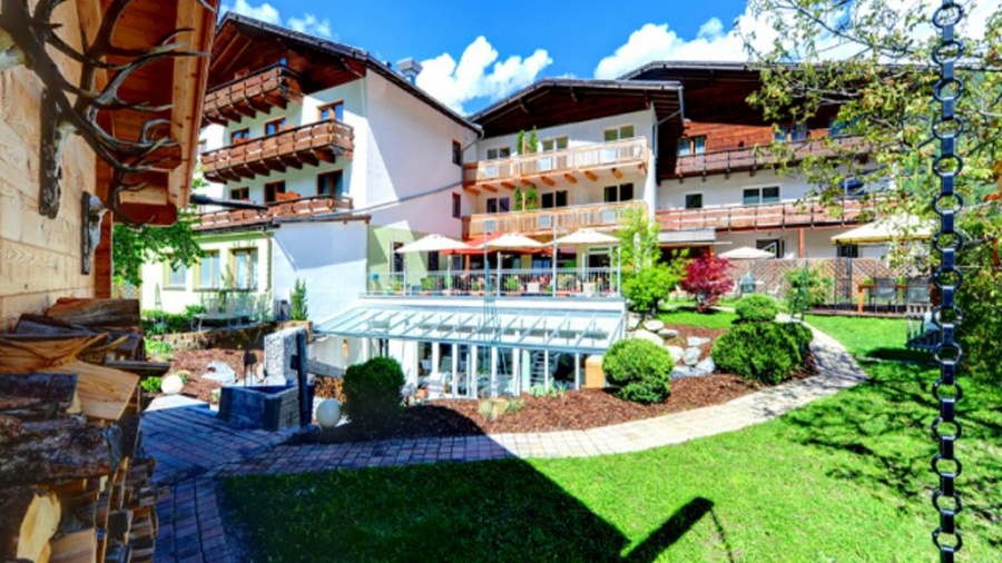Hunde und Hotel Hotel Riederhof in Ried im Tiroler Oberland