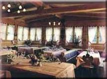 hundefreundliches Alpenhotel Penserhof - Café Restaurant Konditorei in PENS im Sarntal