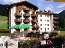 Hundehotel Hotel Bünda Davos in Davos Dorf
