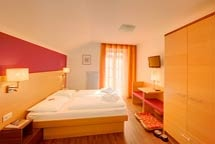 Hundehotel Hotel Mair am Ort in Dorf Tirol