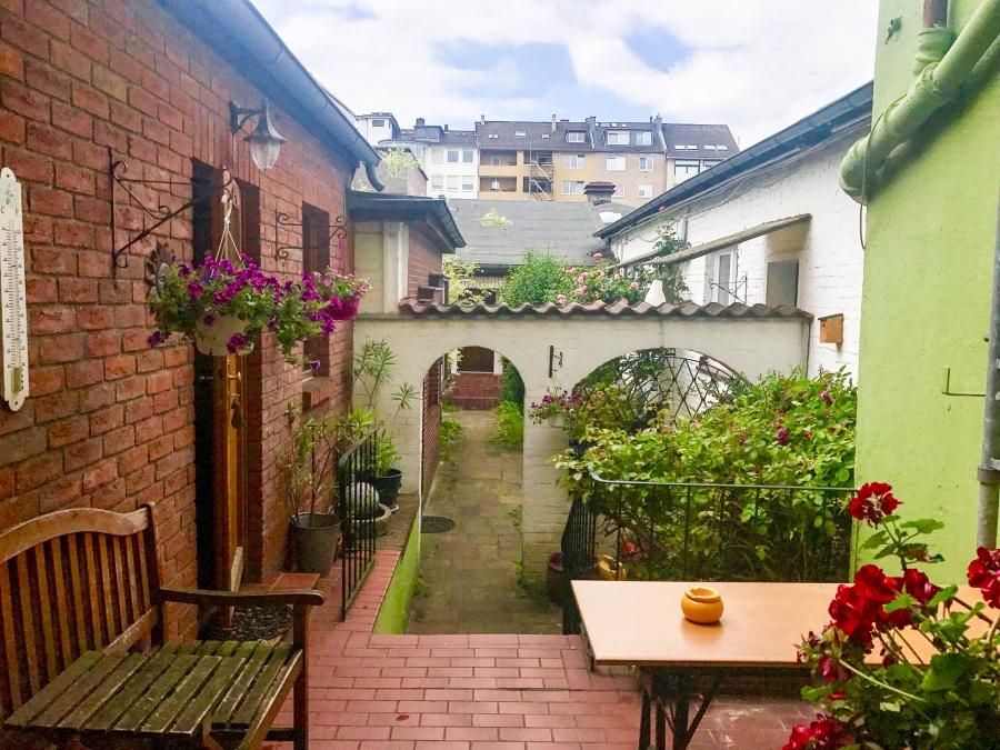 Hunde und Hotel Hotel Hillesheim in Düsseldorf