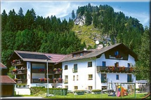 Hunde Willkommen im Landgasthof und Ferienhotel Tannenhof in Lechaschau Reutte Region