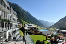 Hunde Willkommen im Hotel Fliana in Ischgl Region